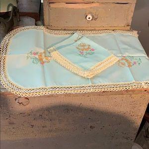 Pretty vintage linens